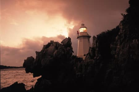 Hells Gate lighthouse at dusk