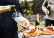 UNE_Tasmania_Wine_Walk